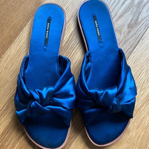 Zara blue sandal slides with bow
